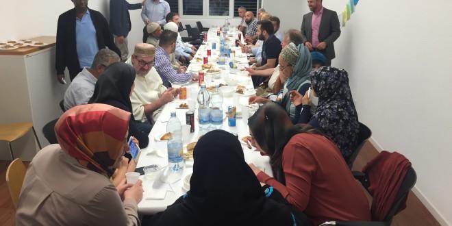 VIOZ Iftar mit VertreterInnen der Mitgliedsorganisationen