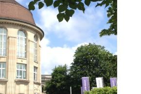 NZZ vom 25.08.2015: Eine Professur auf Probe. In Zürich wird bald islamische Theologie gelehrt – nicht alle Politiker sind begeistert